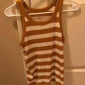 American Eagle Casual Top- Only worn 1 Size M